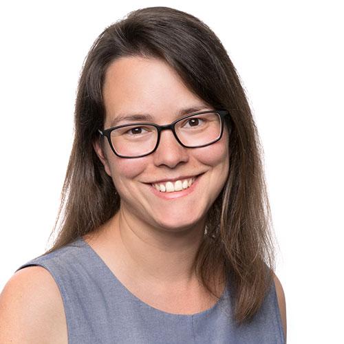 Jacqueline Elze